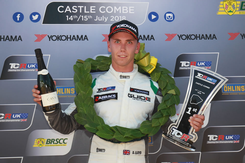 Lloyd takes his 7th TCR win of the season at Castle Combe
