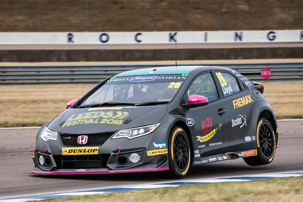 Lloyd's pace goes unrewarded at Rockingham
